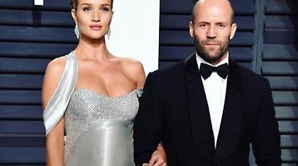 Παντρεύτηκαν Rosie Huntington - Jason Statham; Η φωτογραφία που φούντωσε τις φήμες