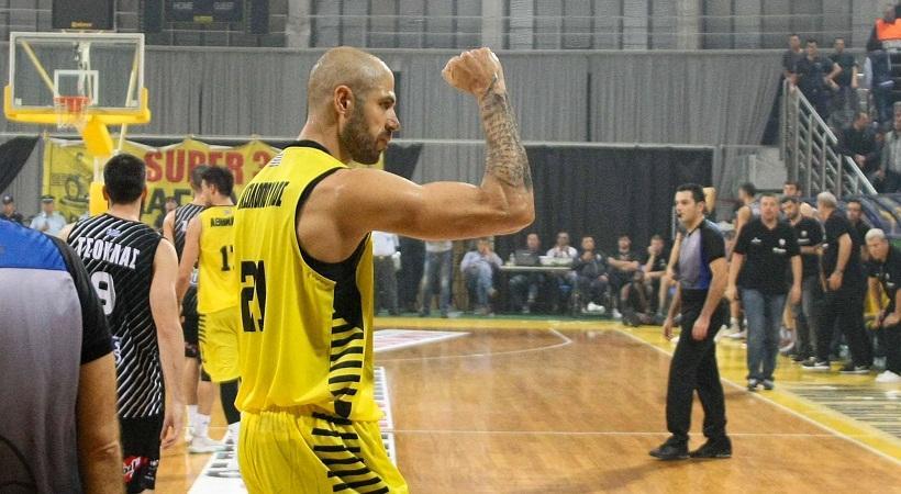 Βασιλόπουλος: «Έχουμε πολύ καλή ομάδα, ψηλά ο πήχης»