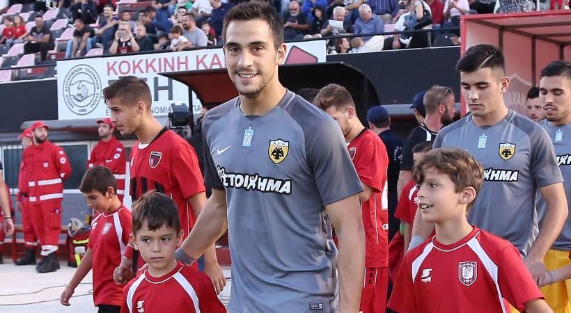Λαμπρόπουλος: «Μου κακοφαίνεται που είμαι απ' έξω, θέλω να μπω να βοηθήσω»