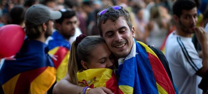 Εκκληση για ενότητα από τους Ισπανούς εκτός Βαρκελώνης -Διαδηλώσεις σε πολλές πόλεις