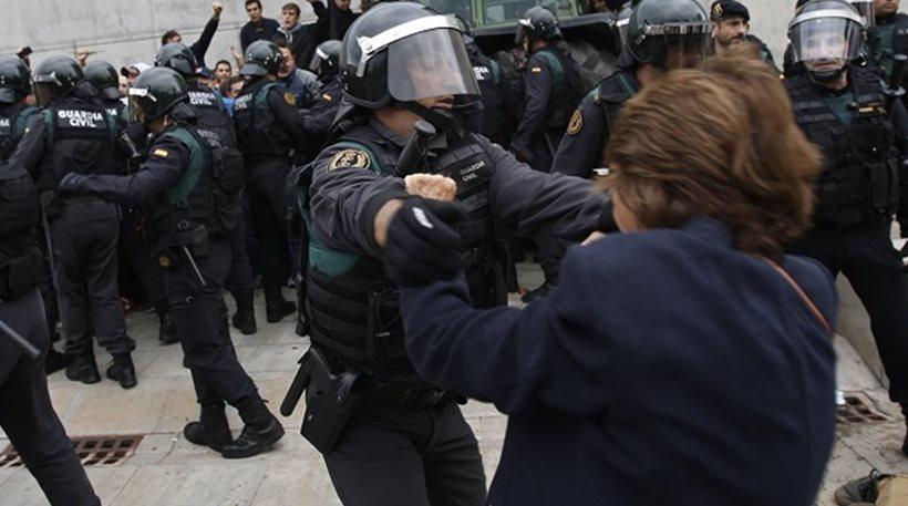 Συγγνώμη για την αστυνομική βία στην Καταλονία ζήτησε ο εκπρόσωπος της Ισπανίας