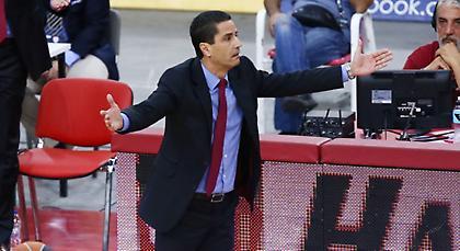 Σφαιρόπουλος: «Ξεκάθαρο φάουλ στον ΜακΛιν, στους διαιτητές δεν θέλω να μιλάει κανένας»