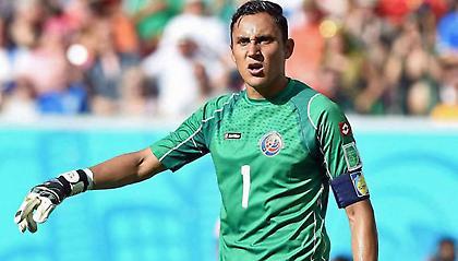 Ο Νάβας κούρεψε με την «ψιλή» τον προπονητή της εθνικής Κόστα Ρίκα!  (video)