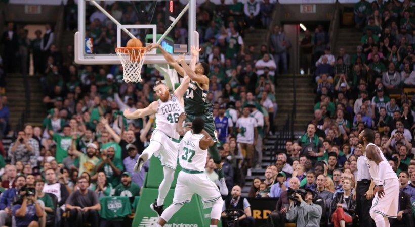 NBA: Ο Γιάννης Αντετοκούνμπο ξεκίνησε με φόρα! (video)