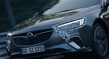 Το νέο Opel Insignia GSi κατακτά την πίστα του Νίρμπουγκρινγκ
