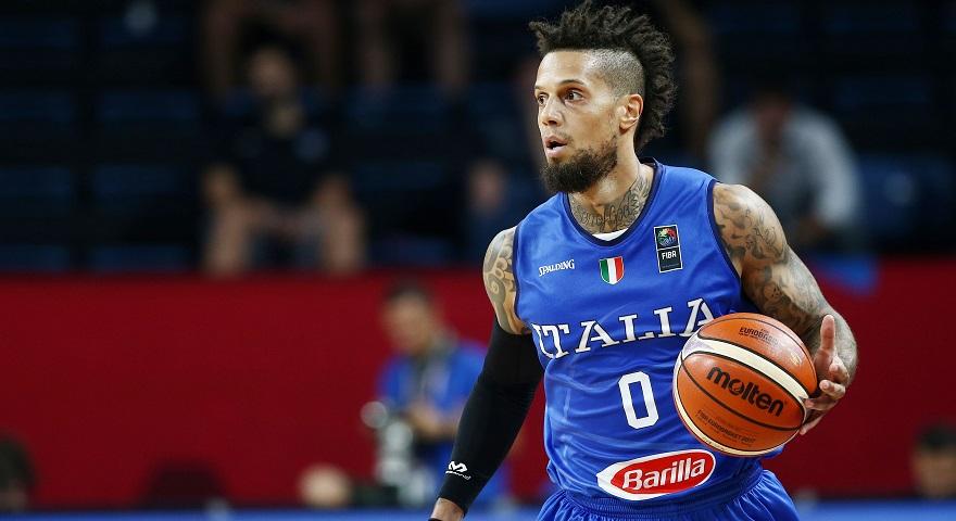Χάκετ για τα «παράθυρα» της FIBA: «Μιλάμε για χάος»