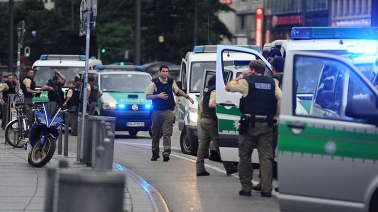 Συναγερμός στον Μόναχο - Πολλοί τραυματίες από επίθεση με μαχαίρι