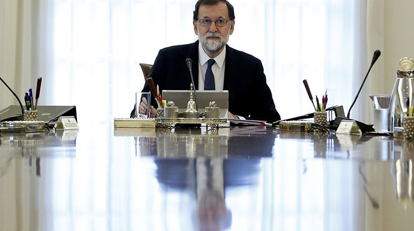 Διαλύει το καταλανικό κοινοβούλιο ο Ραχόι - Προκηρύσσει πρόωρες εκλογές στην περιφέρεια