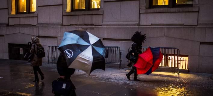 Συναγερμός στη Βρετανία για την καταιγίδα Μπράιαν -Βροχές και άνεμοι έως και 128χλμ/ώρα