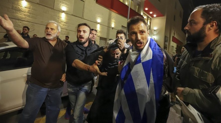 Νέα διαμαρτυρία κατά της παράστασης «Η Ώρα του Διαβόλου» στη Θεσσαλονίκη