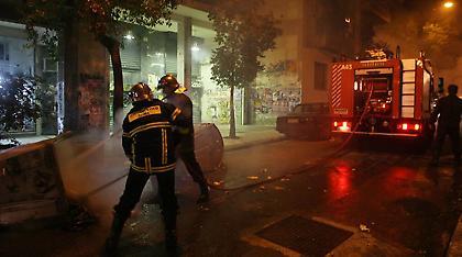 Θεσσαλονίκη: Φωτιά σε διαμέρισμα πολυκατοικίας - Πληροφορίες για εγκλωβισμένους