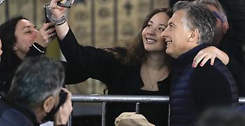 Καθαρή νίκη Μάκρι στην Αργεντινή – ηττάται αλλά εκλέγεται η Κίρχνερ