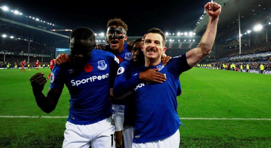 Μπήκε ο Καρνέζης και η Έβερτον έφερε «τούμπα» τον Μάρκο Σίλβα στο ματς της χρονιάς στην Premier!