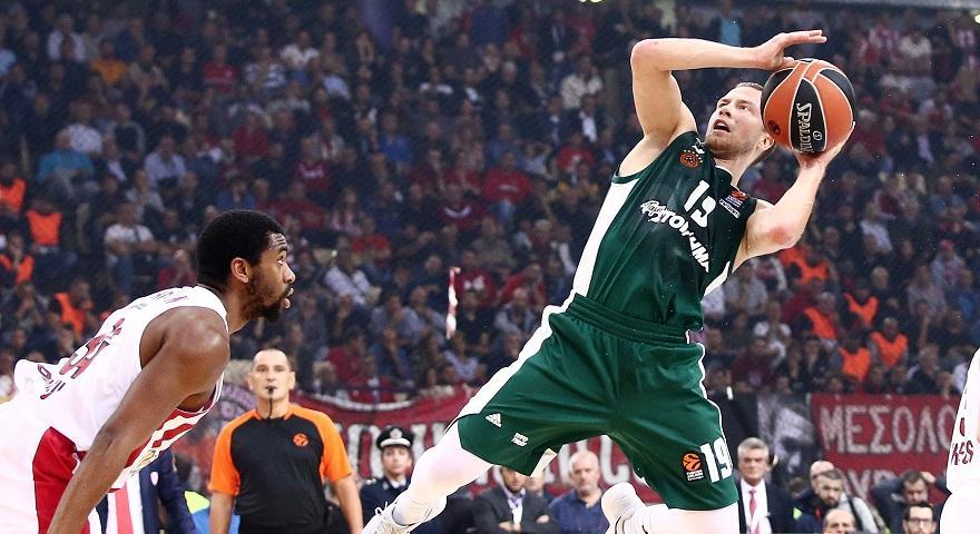 Λεκαβίτσιους: «Ήμουν προετοιμασμένος και με εμπιστεύτηκε ο προπονητής μου»