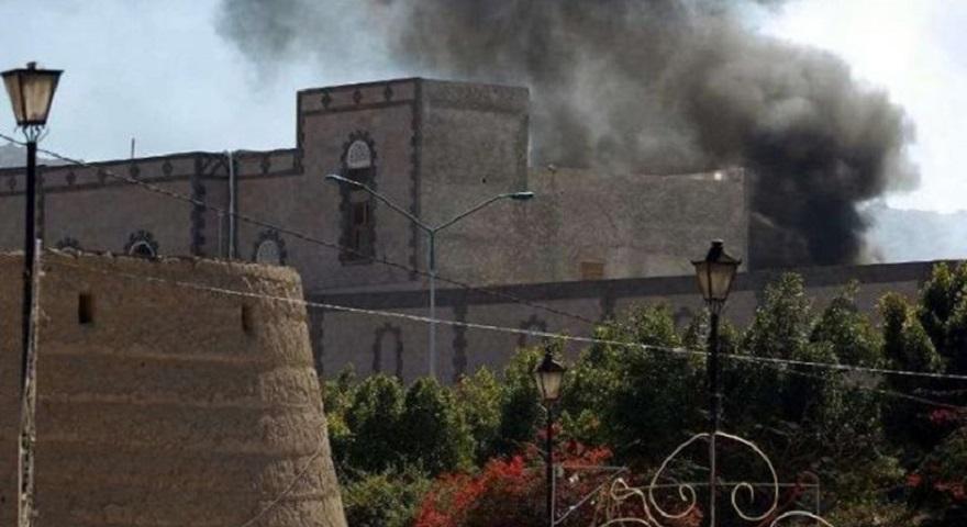 Υεμένη: Ο σαουδαραβικός συνασπισμός βομβάρδισε το υπουργείο Άμυνας στην πρωτεύουσα Σαναά