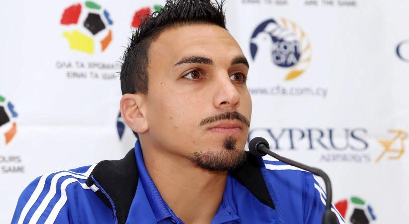Σταμάτησε το ποδόσφαιρο Χαραλαμπίδης!