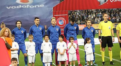 Γιούχα στον εθνικό ύμνο της Κροατίας!