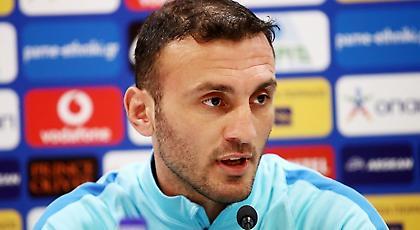 Τοροσίδης: «Επιβάλλεται να είμαστε στο Euro 2020 - Εύχομαι να μείνει ο Σκίμπε»
