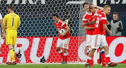 Ο Σμολόφ σταμάτησε την Ισπανία!