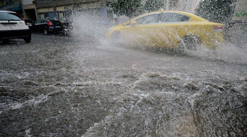 Οδηγώντας στην βροχή: Τα SOS..