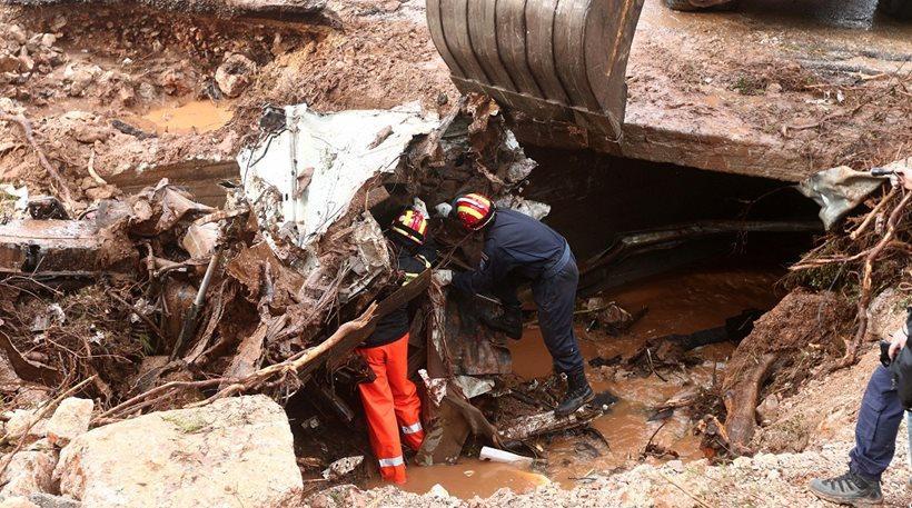 Εντοπίστηκε νεκρός στη Μάνδρα - 17 τα θύματα της τραγωδίας