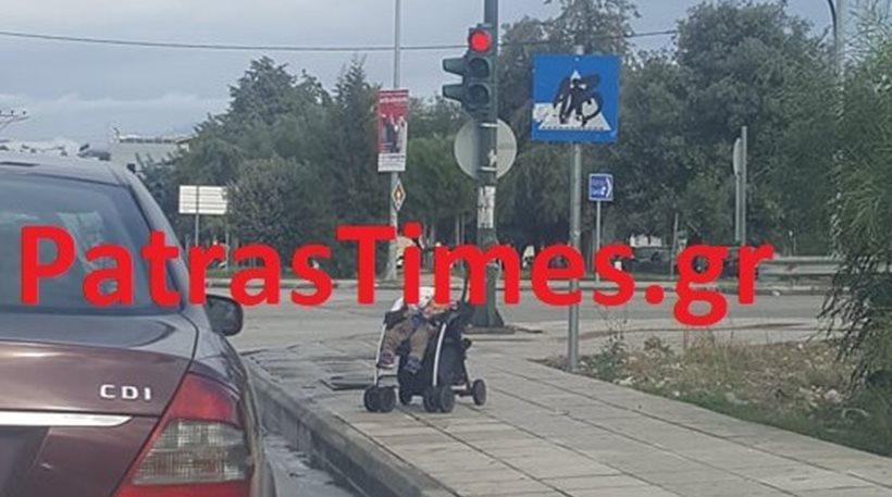 Αδιανόητο περιστατικό στην Πάτρα! - Παράτησε μωρό στο δρόμο και πήγε για καφέ