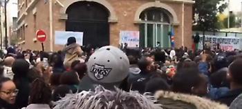 Γαλλία: Διαδήλωση κατά της πώλησης μεταναστών-σκλάβων στη Λιβύη (video)
