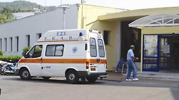 Πιάστηκαν στα χέρια σε καφετέρια, τρεις στο νοσοκομείο