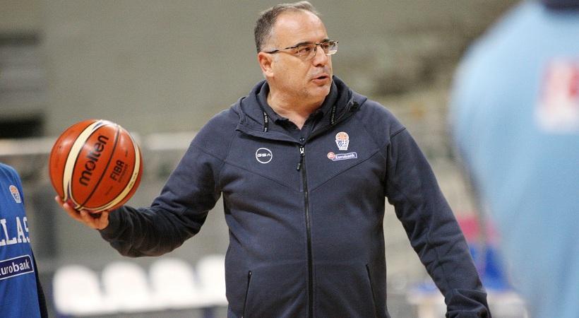Σκουρτόπουλος: «Εθνική με την ίδια βαρύτητα όπως οι προηγούμενες. Πρέπει να έχουμε καρδιά»