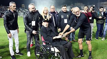 Συγκλονιστικός Πουρσανίδης στον ΣΠΟΡ FM: «Έκλαιγε όλο το γήπεδο για τον Γκέραρντ»