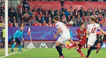 Έβαλε γκολ… χωρίς να κοιτάζει ο Φιρμίνο! (video)
