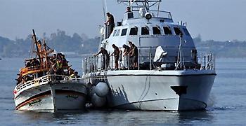 Έρευνες ανοιχτά της Πύλου για εντοπισμό σκάφους με μετανάστες και πρόσφυγες