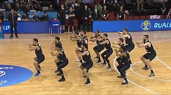 Έναρξη με εντυπωσιακή «Χάκα» στα προκριματικά του Μουντομπάσκετ (video)