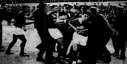 Πανιώνιος-ΠΑΟΚ: «Με φάγανε οι κακούργοι» Όταν ο Γραμματικόπουλος βρέθηκε λιπόθυμος στο νοσοκομείο