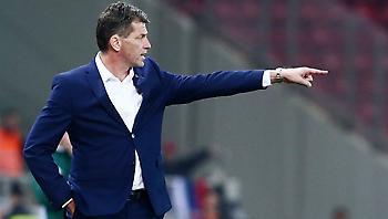 Ο προπονητής που θα «κουβαλάει» την Εθνική για δέκα μήνες!