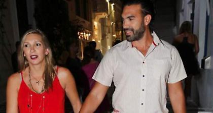 Φανή Χαλκιά: Αυτός ο διεθνής ποδοσφαιριστής θα είναι ο νονός του γιου της (pic)