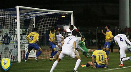 Παναιτωλικός: «Ο Παπαδόπουλος πανηγύρισε με τον διαιτητή, με αυτόν που έπρεπε» (vid)