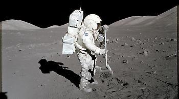 ΗΠΑ: Ο Τραμπ ανάβει το «πράσινο φως» για αποστολές στη Σελήνη και στον Άρη
