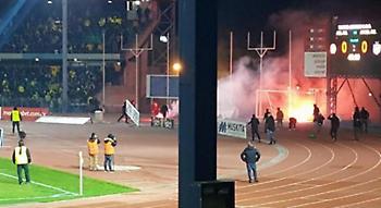 Προσωρινή διακοπή στο ΑΕΛ-ΑΠΟΕΛ και ξύλο ανάμεσα στους οπαδούς! (vids)