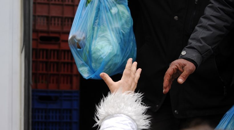Τέλος στη δωρεάν πλαστική σακούλα από την Πρωτοχρονιά