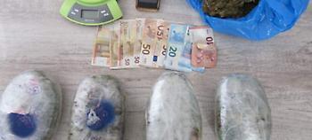 Αίγιο: 41χρονος έθαβε τα ναρκωτικά μέσα στην αυλή του σπιτιού του (pics)