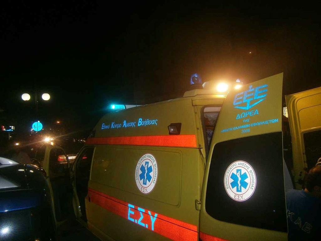 Παραλίγο τραγωδία στο Αίγιο: Μητέρα και παιδιά έπεσαν από εναέριο τρενάκι (pics)