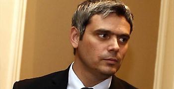 Καραγκούνης: Συνεχίζει τη θεσμική εκτροπή ο Κοντονής