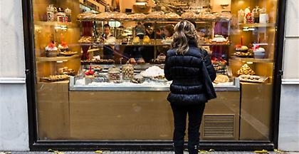 ΕΣΕΕ: Τουλάχιστον 1,59 δισ. ευρώ θα φέρει στην αγορά το δώρο Χριστουγέννων