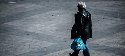 Τέλος οι πλαστικές σακούλες, αλλιώς 10 ευρώ χρέωση για το 2018 -Υπερδιπλάσια το 2019