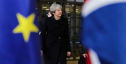 Βρυξέλλες: Αποφασισμένη για ομαλό Brexit δήλωσε η Τερέζα Μέι στους 27