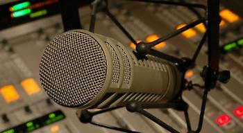 «Παντόφλα» on-air σε ακροατή του ΣΠΟΡ FM (audio)