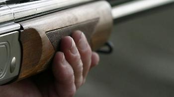 Νεκρός με τραύμα από κυνηγετικό όπλο βρέθηκε 71χρονος στο Κορωπί