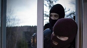 Πάτρα: Δεν κλείδωσε την πίσω πόρτα και... πέταξαν 42.000 ευρώ