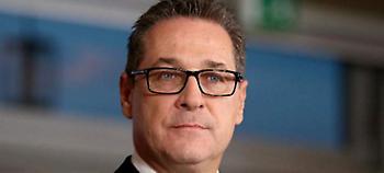 Πανηγυρίζουν τα ακροδεξιά κόμματα της Ευρώπης: Για την είσοδο του FPO στην αυστριακή κυβέρνηση